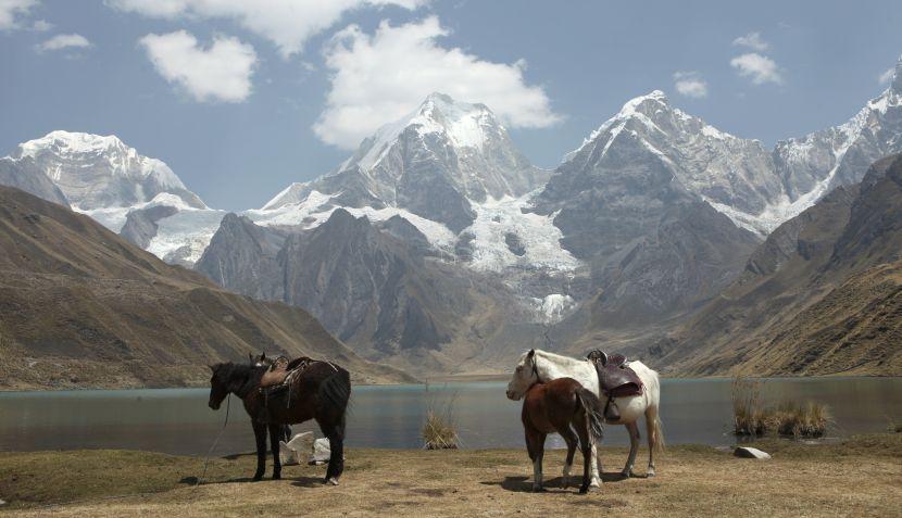 Cordillera de Huayhuash, Ancash, Perú