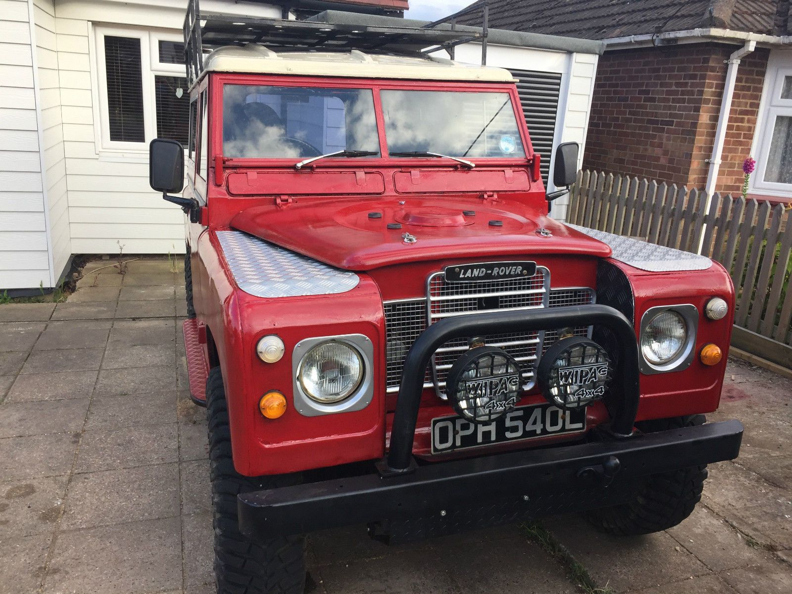 landrover defender police file military commons land wikimedia parts jpg rover auto wiki