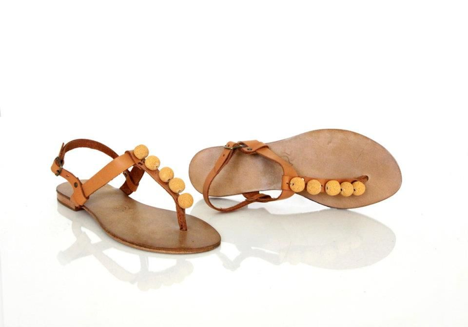 handmade leather sandals  www.atelierele-harniciei.ro