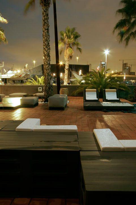 Sotano studio muebles con palets y dem s materiales reciclados fab furniture - Studio barcelona muebles ...