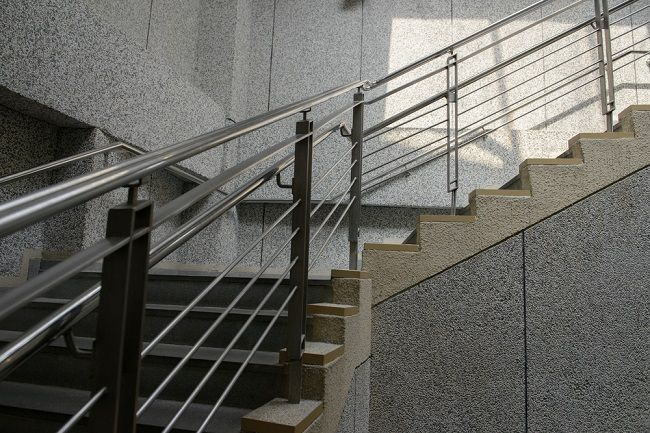 Crucial Tips to Follow While Purchasing Stainless Steel Balustrades