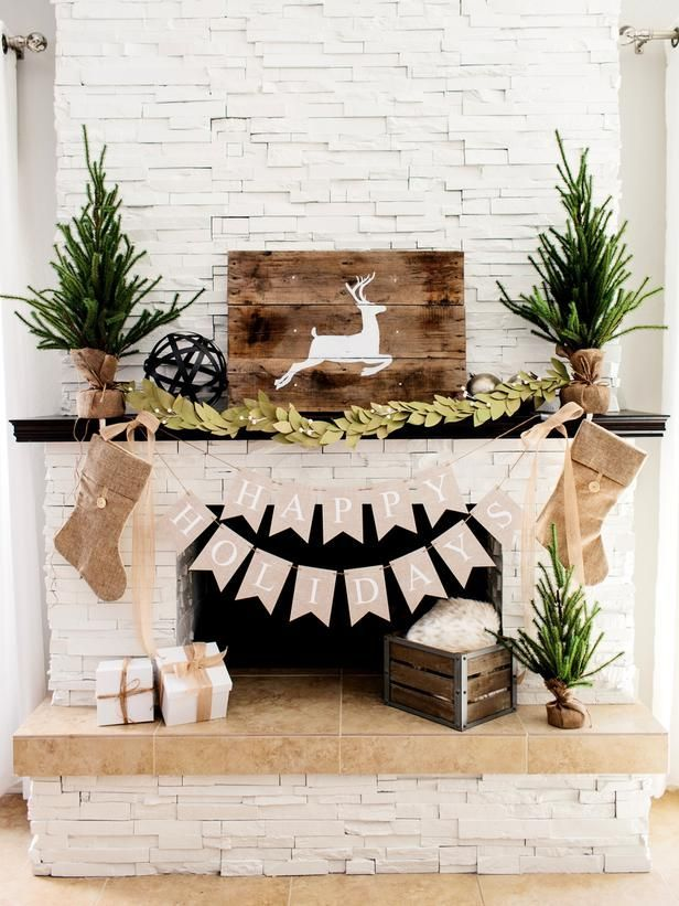 3 ways to decorate a fireplace mantel for christmas from diynetworkcom from diynetwork - How To Decorate A White Fireplace Mantel For Christmas