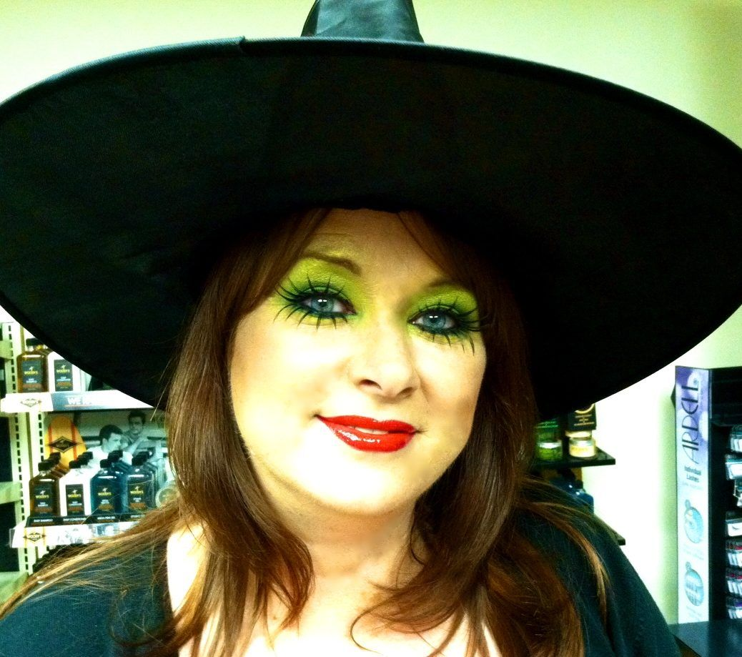 I Like This Simple Witch Makeup