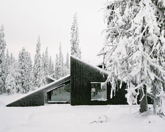 Doğa ile İç İçe Muhteşem Mimariye Sahip 12 Modern Ev
