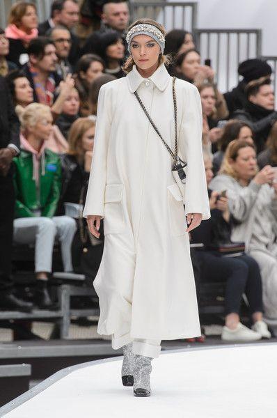 Chanel at Paris Fashion Week Fall 2017 - Runway Photos