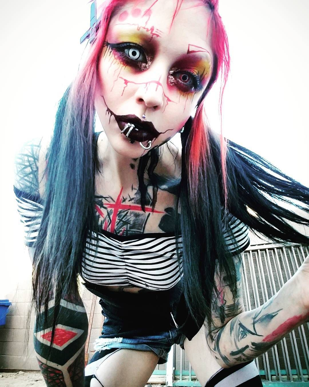 6 028 Otmetok Nravitsya 113 Kommentariev Rottenmorgue V Instagram Gonna Go Ride Muh Bike N Scare Sum Kids Metal Girl Scene Girls Girl Tattoos