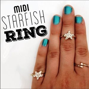 I just discovered this while shopping on Poshmark: Sparkly Starfish Midi // Pinky Ring 💍. Check it out! Price: $7 Size: Ring size 5