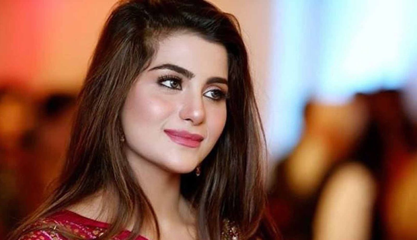 +18 Pakistans Babes: Laila hot pakistani girl latest