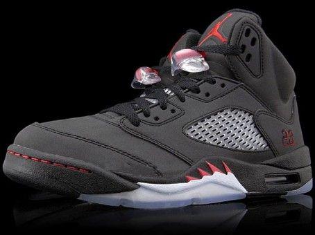 136027 061 Nike Air Jordan 5 V 'Raging Bull'Defining Moments Package II  Black/Varsity