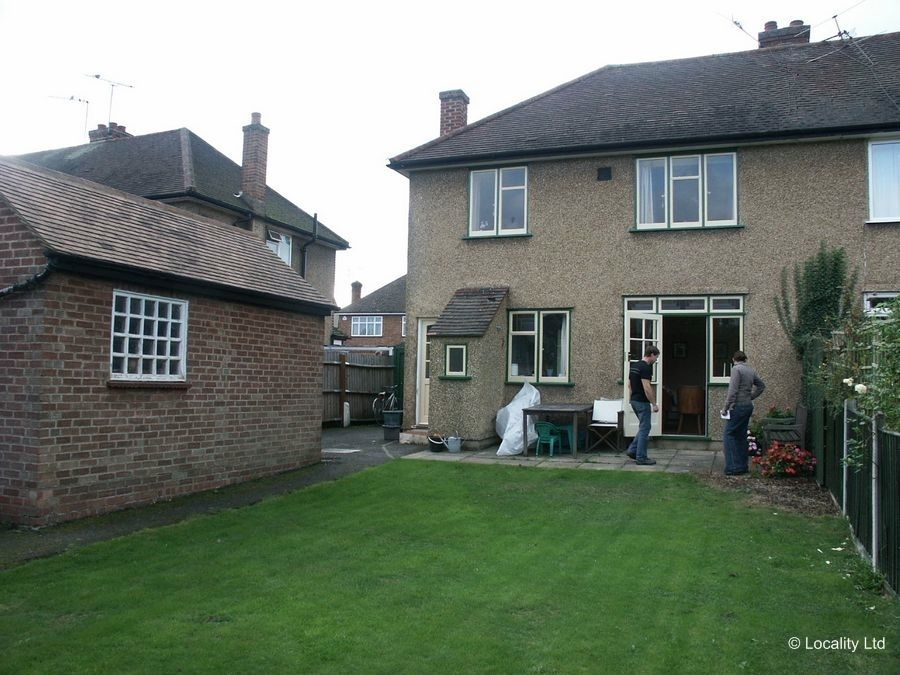 Original Suburban House With All Original Fixtures And Fittings  (Rickmansworth, Hertfordshire)