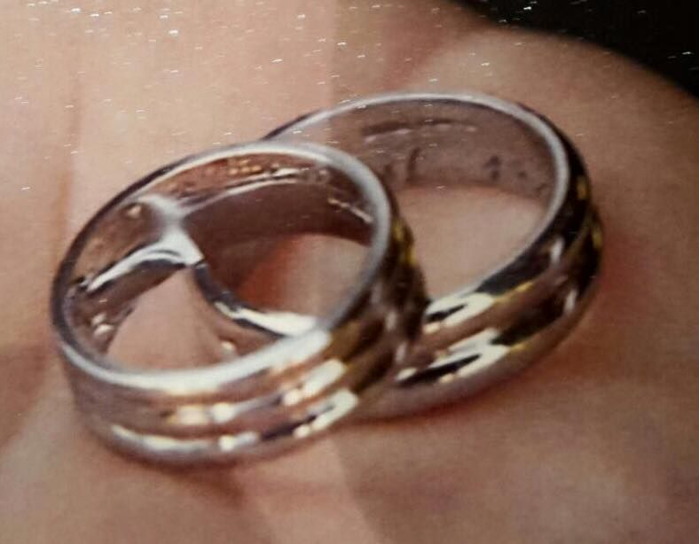 lost wedding ring at stockwood discovery centre luton please help my husband lost - Lost Wedding Ring