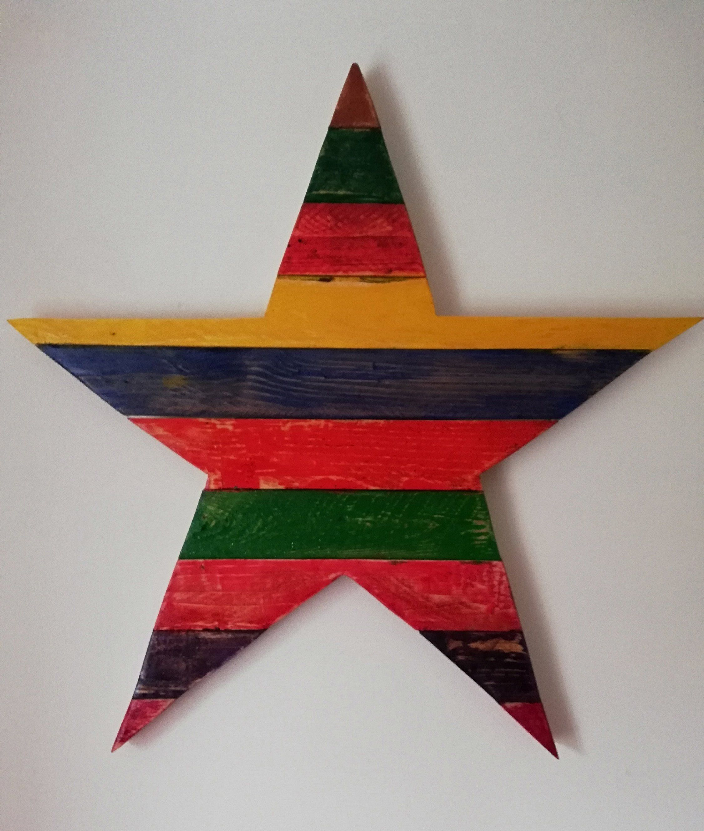 Star shape wall hanging made from reclaimed pallet wood