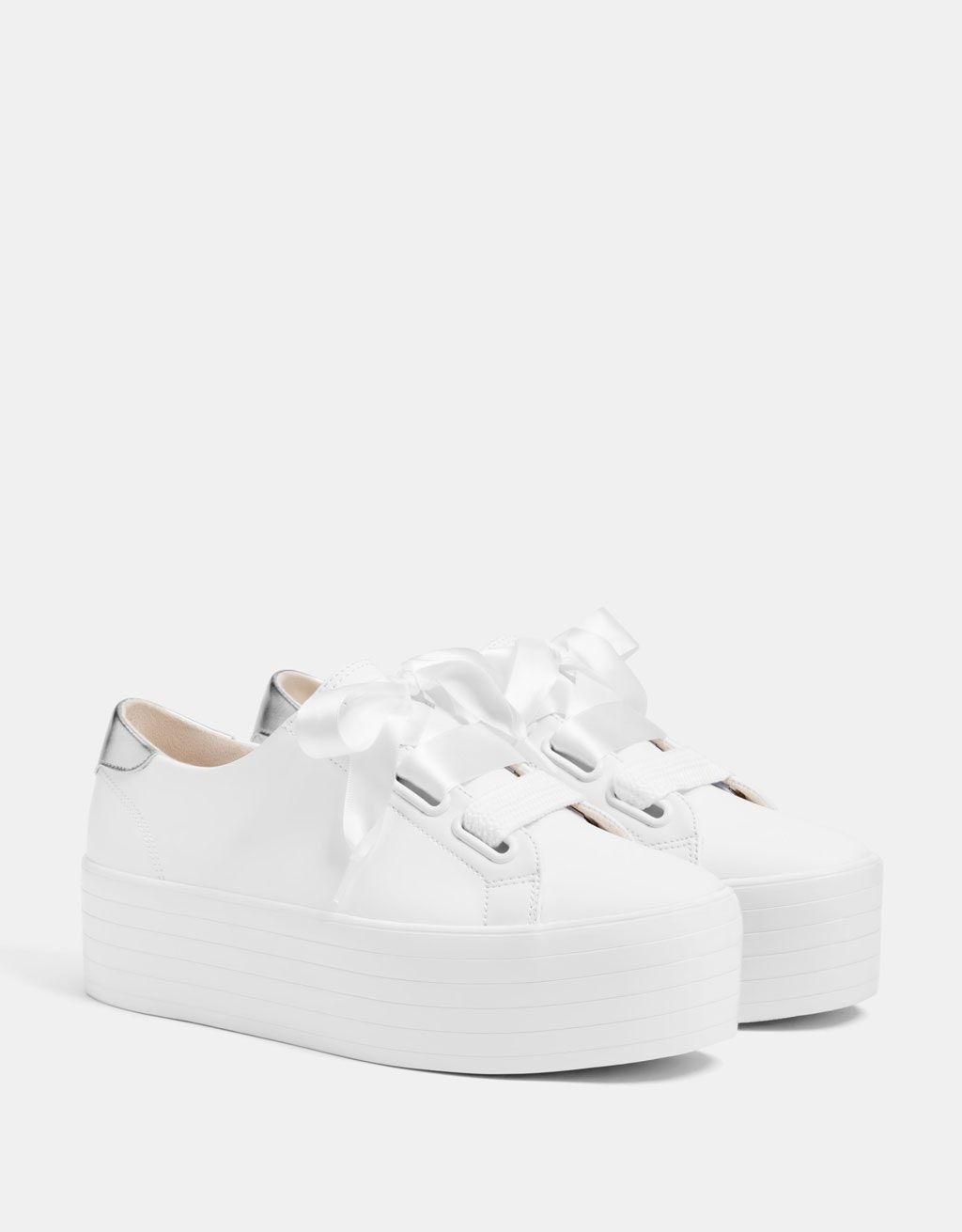 Bershka Platform Sneakers With Xl Laces Sepatu Kets Putih Sepatu Remaja Sepatu Kets
