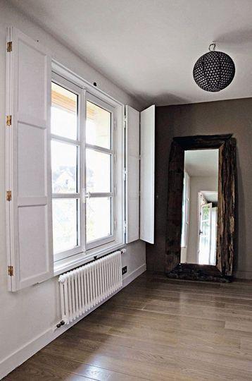 Changer ses fenêtres  10 modèles pour remplacer vos vieilles - Peindre Fenetre Bois Interieur