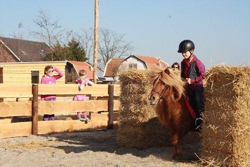 Maak een rit door het Avonturenpark in De Bonte Belevenis.