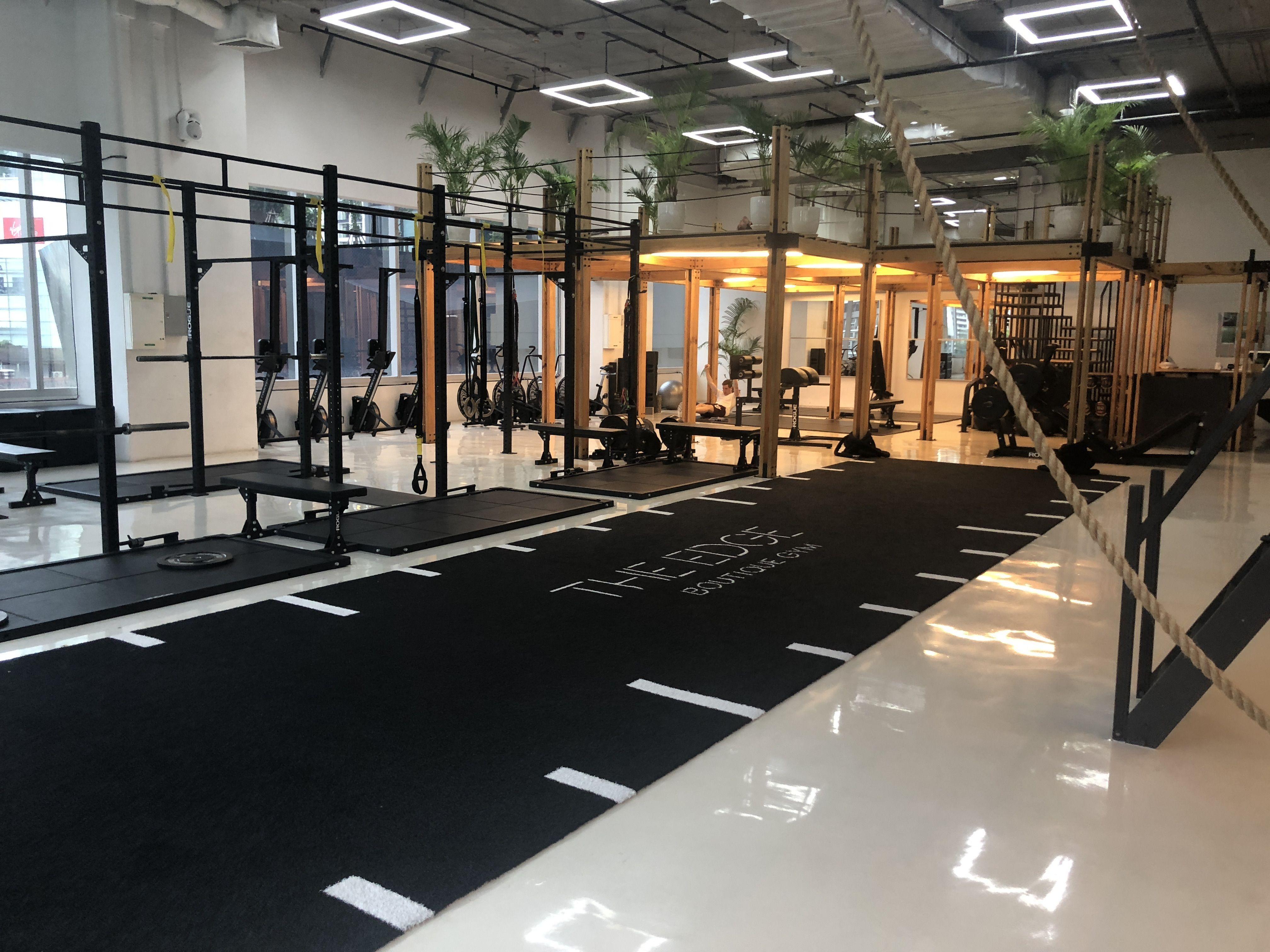 Luxury Gym Bangkok Edge By Aspire In 2020 Luxury Gym Gym Design Boutique Gym Design
