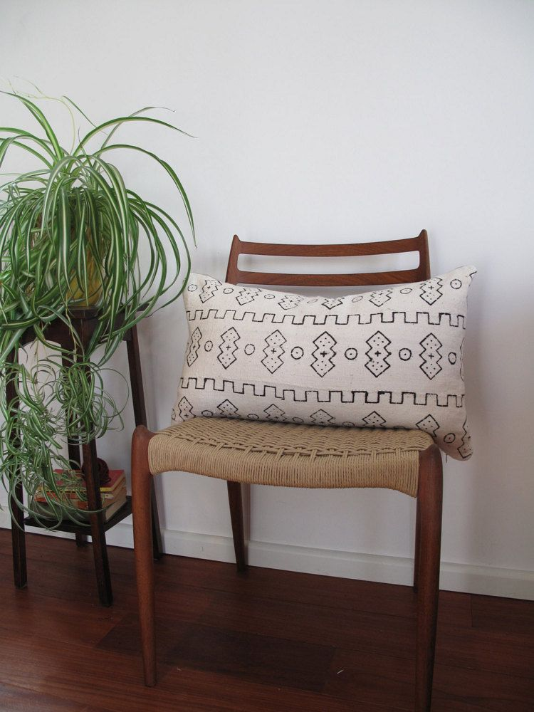 White Mud Cloth Pillow Cover Jungalow African by PheasantGold