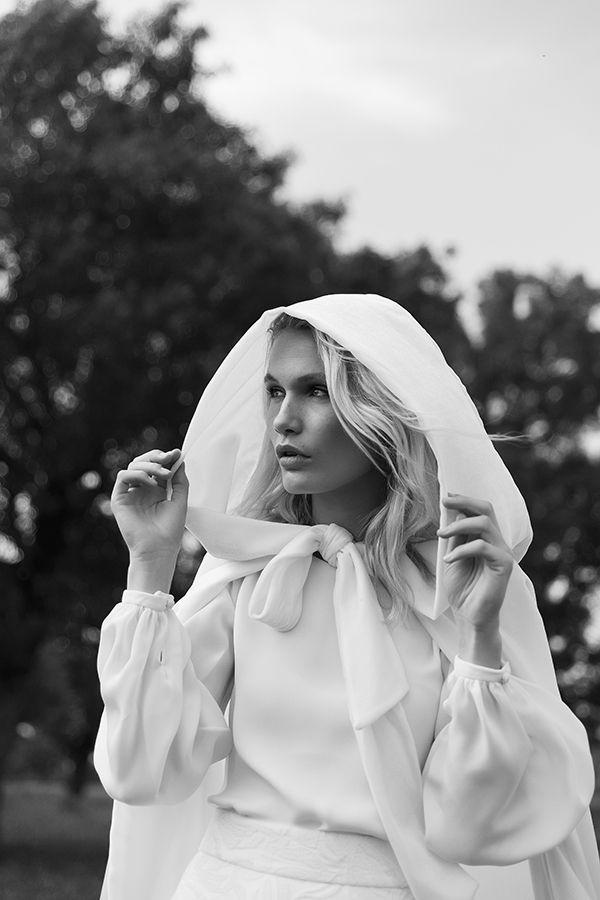 novias 2018 de colour nude : capa de terciopelo alcatraz. | wedding