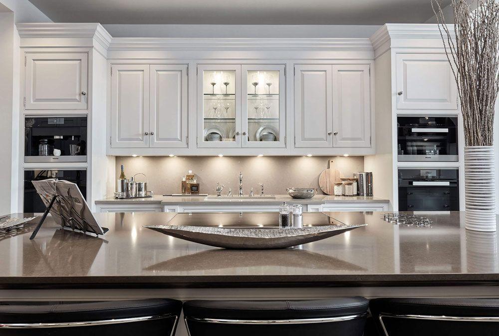 Luxurious White Kitchen Kitchenware Pinterest Modern kitchen