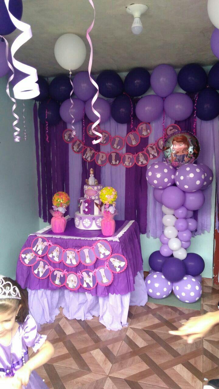 Decoracion princesita sofia proyectos que intentar in - Fiestas de cumpleanos de princesas ...