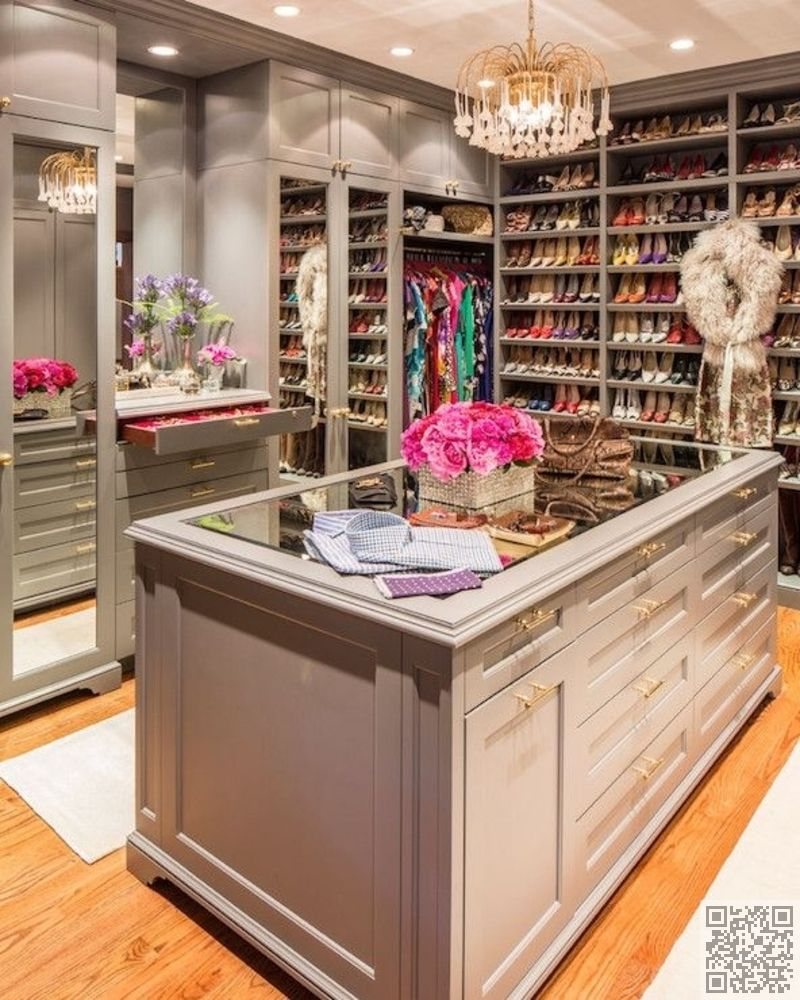 2 Glass Topped Island 10 Of The Most Beautiful Walk In Closets Found On Pinterest Fashion Girly With Images Dream Closets Closet Design Gray Closet