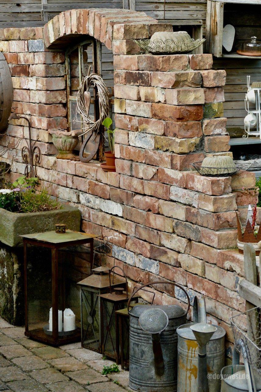 Zu Besuch Bei Silke Karin Urban Naturalstyle Steinmauer Garten Garten Krautergarten Design