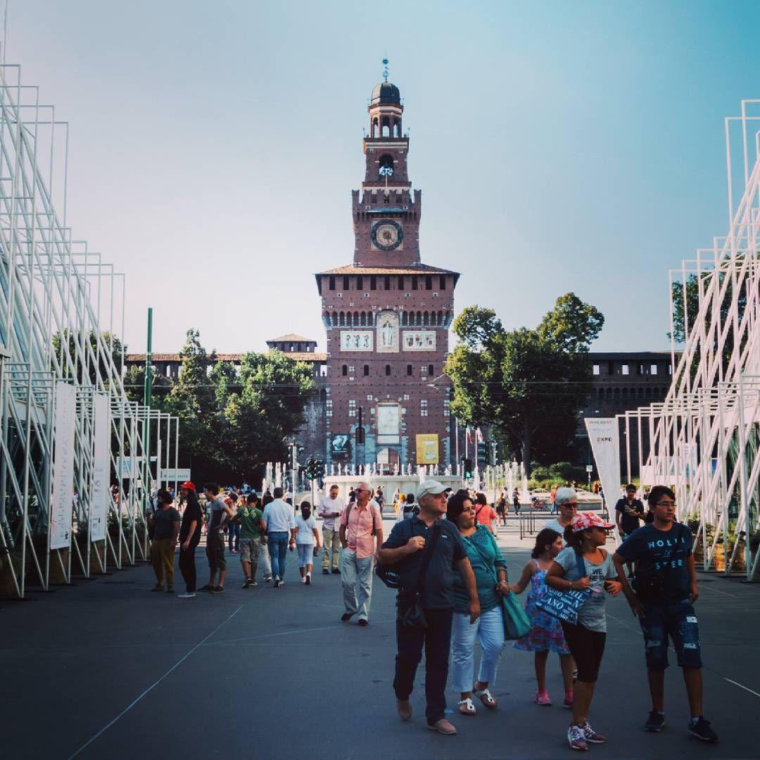 #milanodavedere #milano #castello #castellosforzesco #sforza #torredelfilarete #portagiovia #expogate #expo2015 #italy #castle #milan #igersmilano #igersitalia #volgomilano #instalike #instagood #rx100m2 #vsco #film00 #kodakgold100 #instafilter #mayfair by mich_cap