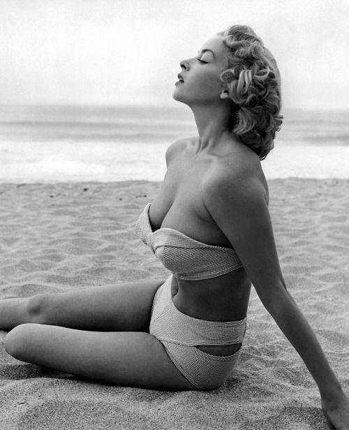 Bo derek classic nude amp swimsuit scenes 10 1979 - 3 1