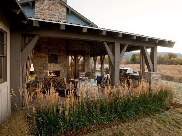 Striking Outdoor Living Space Ideas: Country Outdoor Living Room  Inspiration ~ Homedesignlovers.com Outdoor