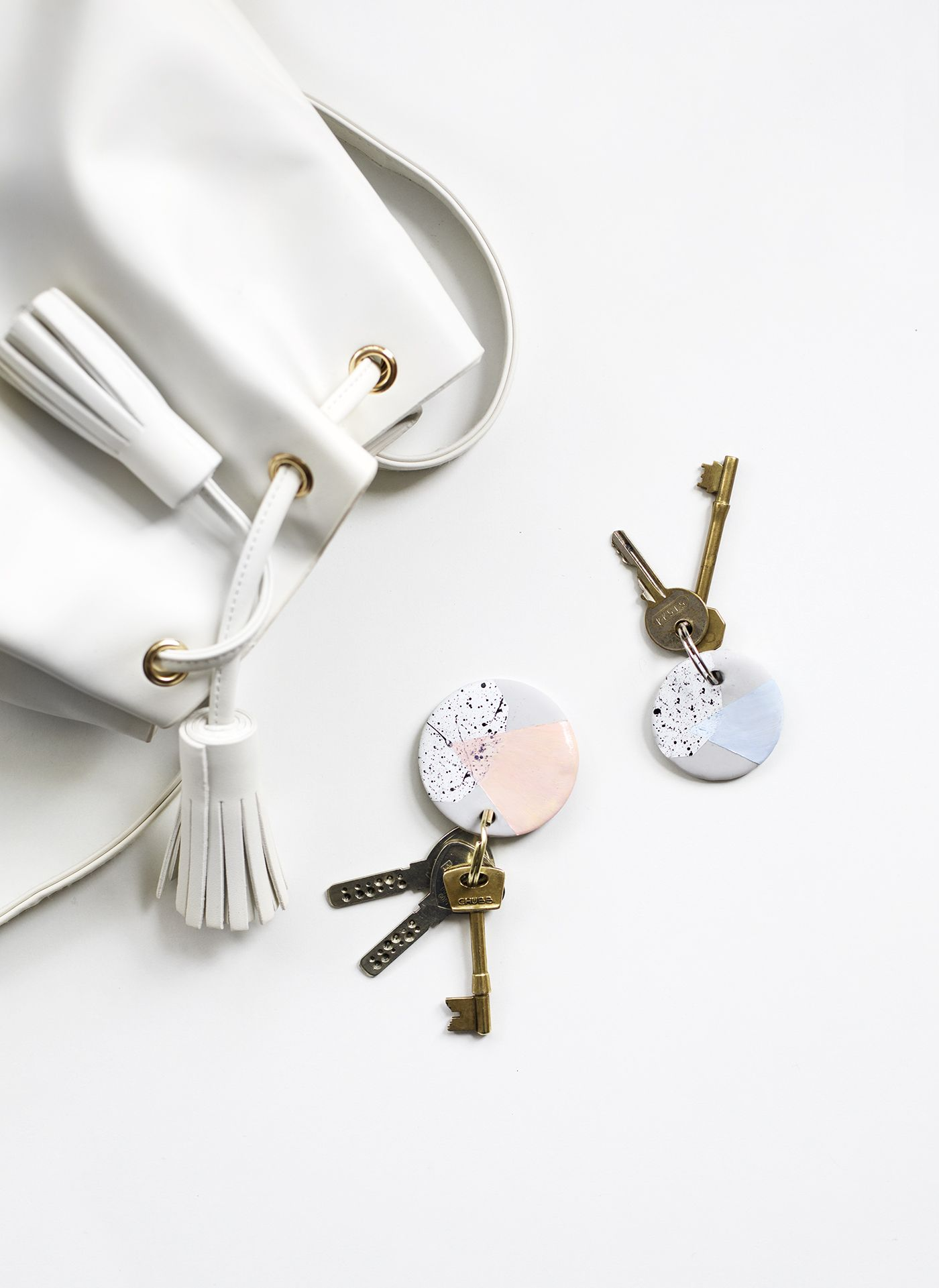 Photo of Sugar & Cloth: DIY Speckled Clay Keychains | The Lovely Drawer