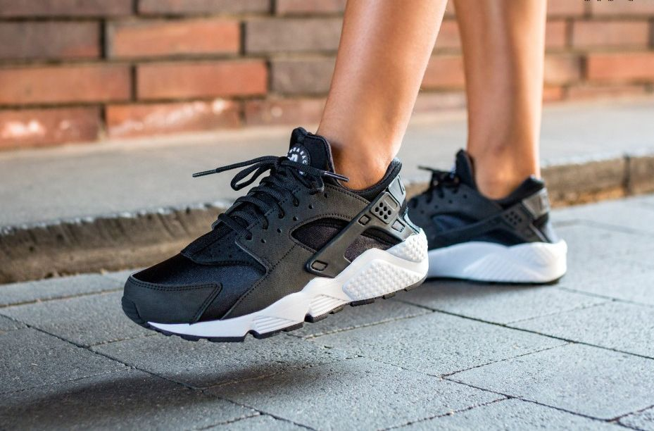72d65f8f07ce Nike Air Huarache Run