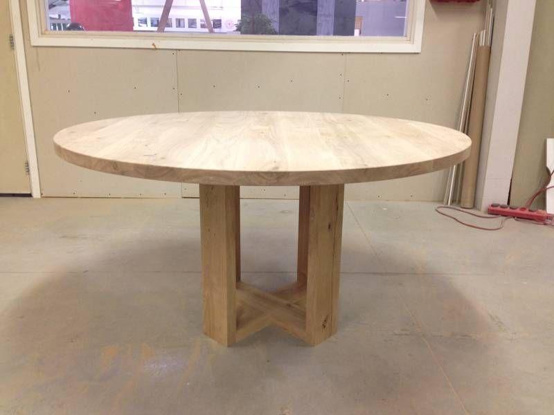 Ronde eettafel met gekruisde poten883 800 600 eettafels pinterest eettafels ronde - Eettafel houten ontwerp ...