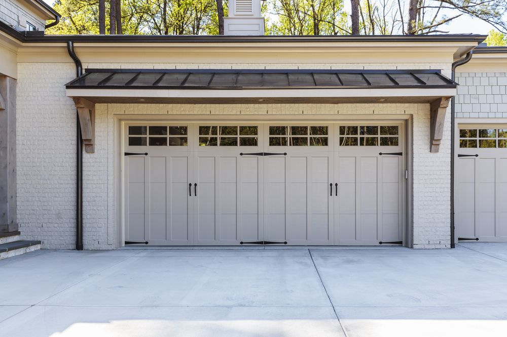 Making Your Garage Door Last Longer Garage Door Sizes Garage Door Design Garage Doors