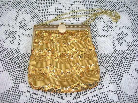 Vintage Gold Evening Bag, Sequins, Glass Beads, Golden Chain Handle, 1970s Era, Made in Hong Kong, Christmas, School Prom Bridal Purse