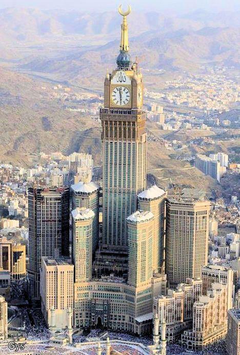 Breathtaking View Of The Abraj Al Bait Towers Mecca Saudi Arabia Gebouwen
