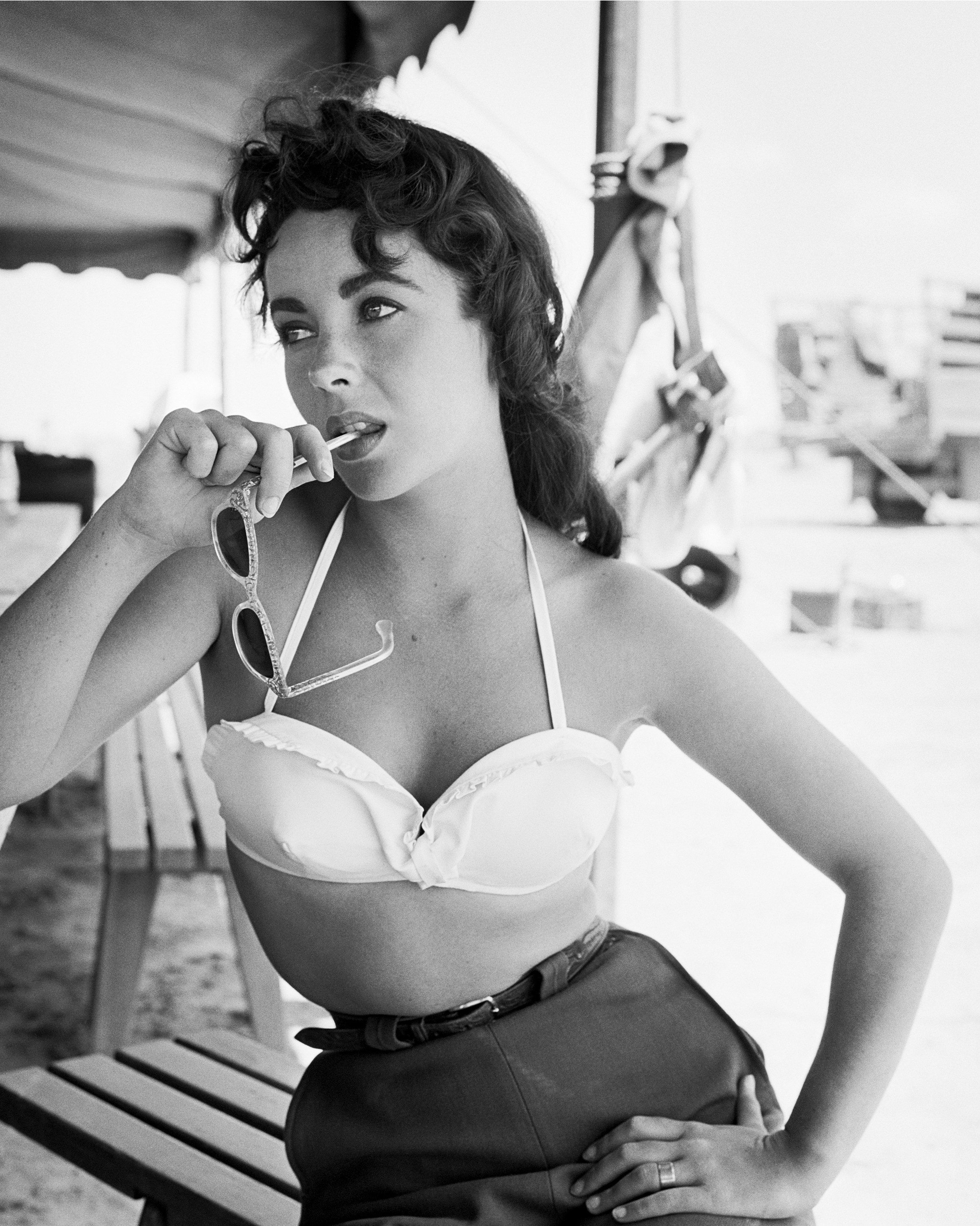 Elizabeth Taylor On set of the movie Giant in November of 1956.