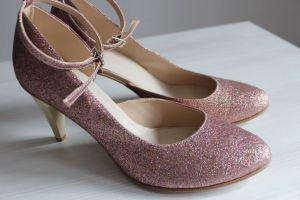 Nowosci Obuwie Buty Slubne Gniezno Stiletto Heels Shoes Wedding Shoes