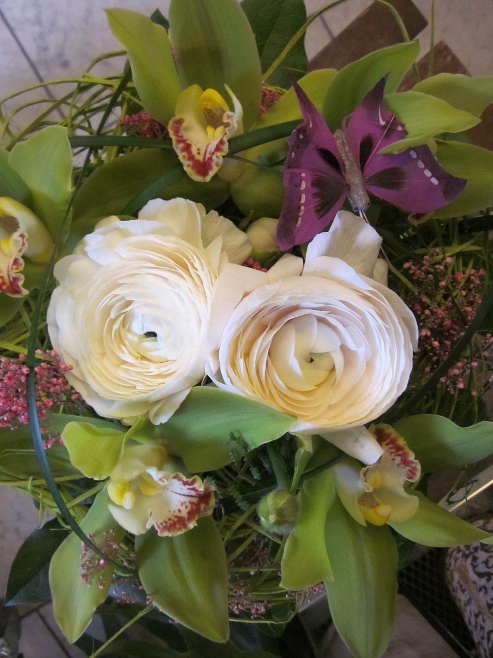 Kukka Kerttuli Kevätkukkien hehkua Hallituskadulla! Palvelemme pe 8-17.30, la 9-15 sekä su 12-15.  Kaupalla huippuhyviä tarjouksia, kannatta poiketa! #rakastampere #tampere #kukkakauppa #kukkakerttuli