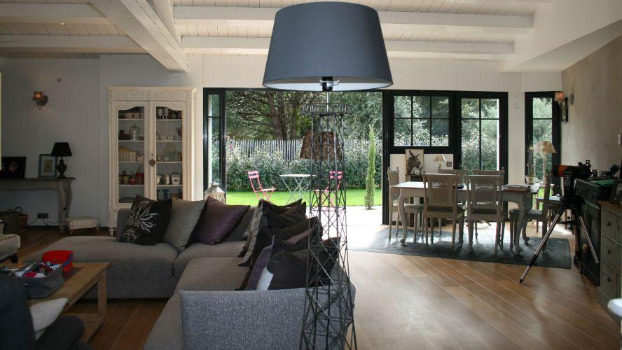 a vendre maison de charme avec piscine la flotte ile de r ile de r outdoor decor home. Black Bedroom Furniture Sets. Home Design Ideas