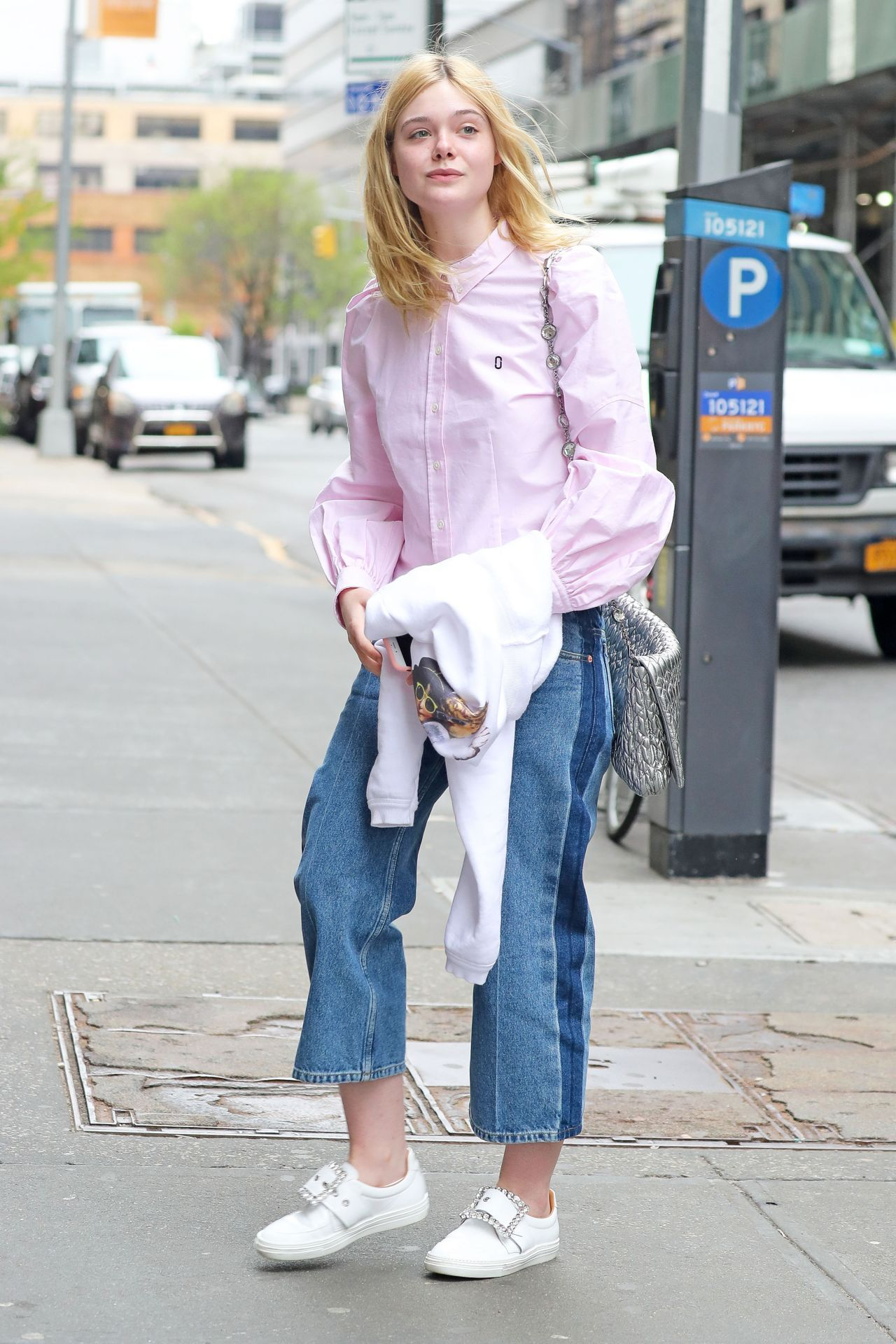 d6e8bd6a7e Soho, Skinny, Dakota And Elle Fanning, Fanning Sisters, Duster Coat, Looks