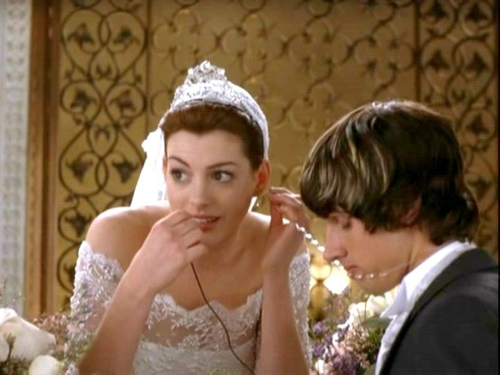 Anne Hathaway Engagement Ring In Princess Diaries 2 21 Anne