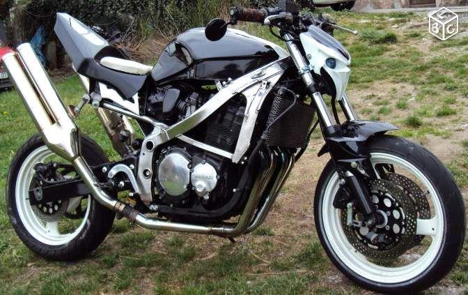 suzuki 750 gsxf streetfighter motos ard che. Black Bedroom Furniture Sets. Home Design Ideas
