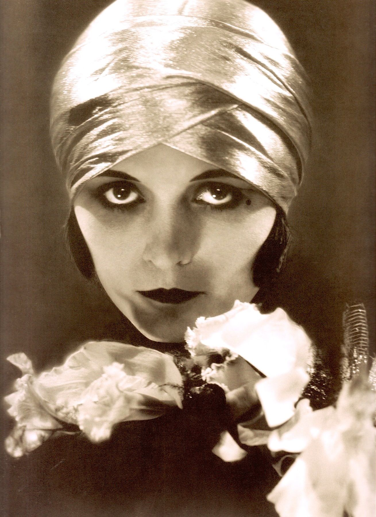 Watch Pola Negri video