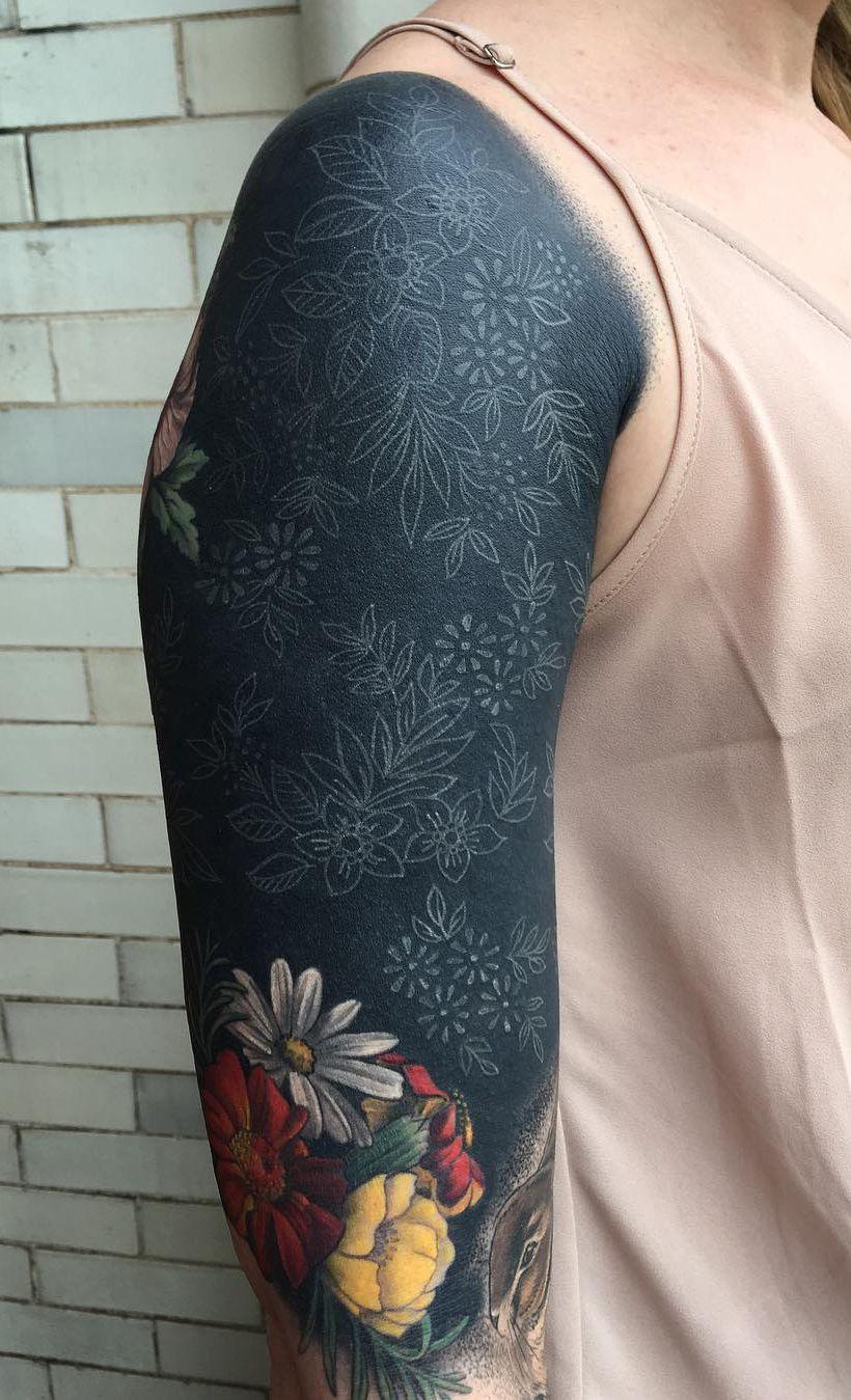 Primer Tatuaje Negro Que Me Encanta Tattoo By Esther Garcia