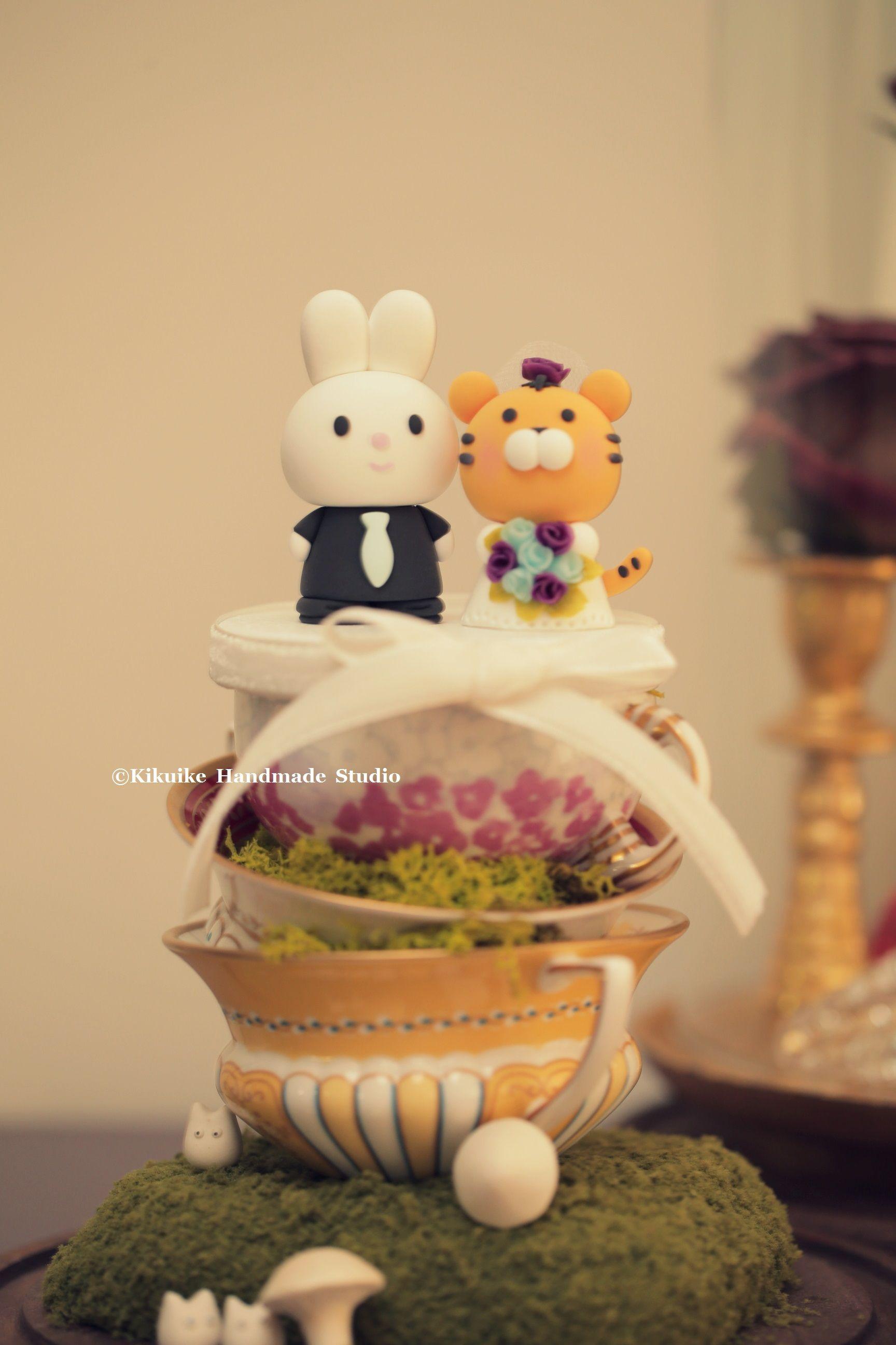 tiger and bunny wedding cake topper---k933 | enamorados | Pinterest ...