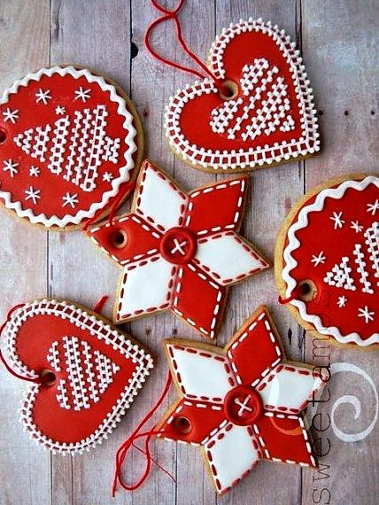 Christmas Cookies Tonik ℬe Meℜℜy Red Gingerbread Hearts Stars Red