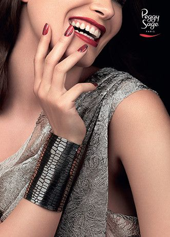 Nail inspiration BUY THE LOOK  Emeral Beautylife Cosmetics  www.extreme-beautylife.nl
