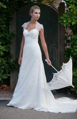 Augusta Jones - Sweetheart Sheath Gown in Silk Organza | Lisa ...