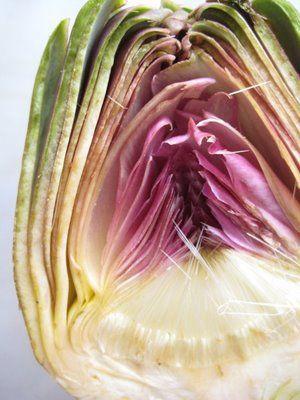 Il carciofo utile per disintossicare l'organismo e ripulirlo anche dal colesterolo. In particolare, i carciofi sono tra i cibi più efficaci per le loro proprietà depurative, diuretiche, anti trigliceridi e anti colesterolo...     Continua a leggere---> http://www.riza.it/dieta-e-salute/cibo/2287/cibo-per-ripulire-le-arterie-ecco-i-carciofi-anti-colesterolo.htmlcolesterolo.html