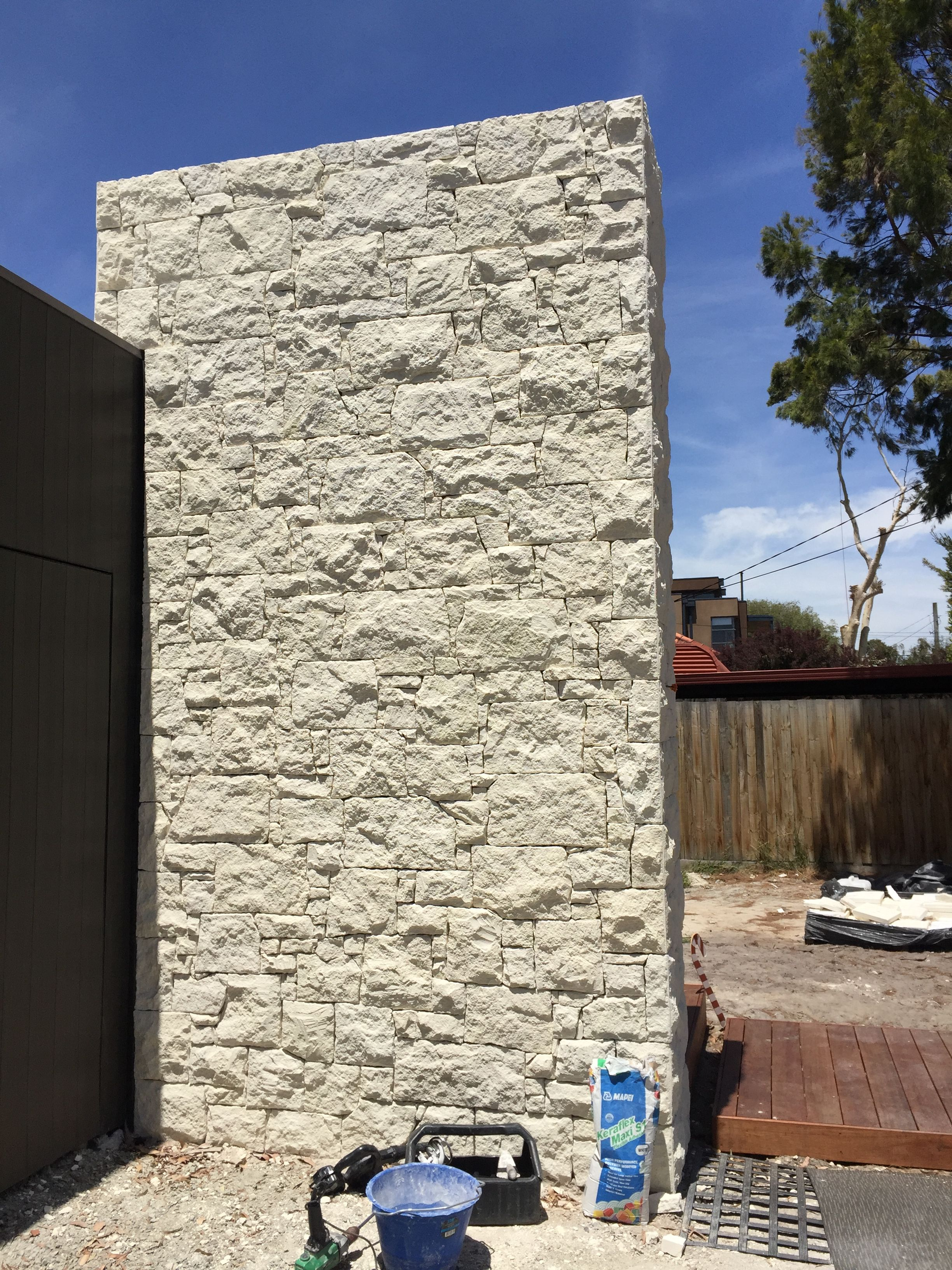 South Australian Limestone Cladding Feature Pillar Outdoor Tiles Rooms Living